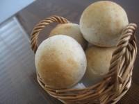全粒粉の丸パン